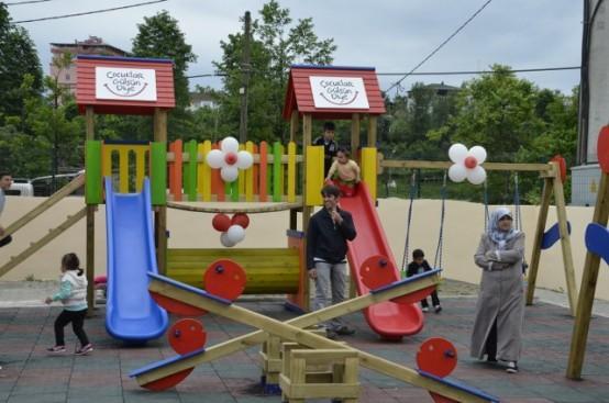 Ardeşen'de 34'üncü Anaokulu Sürprizle Açıldı